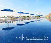 Vista de la piscina de un complejo hotelero de lujo.